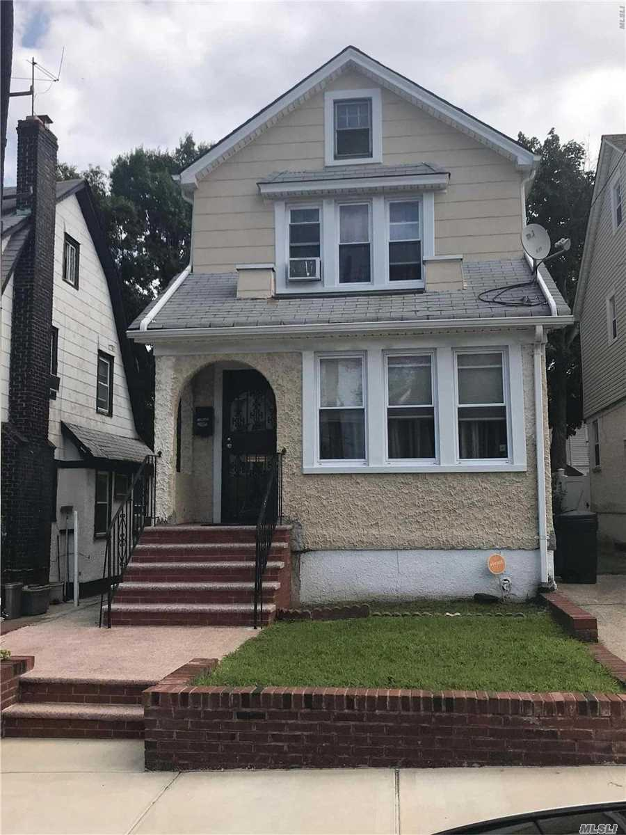 Photo of home for sale at 109-21 200th St, Jamaica NY