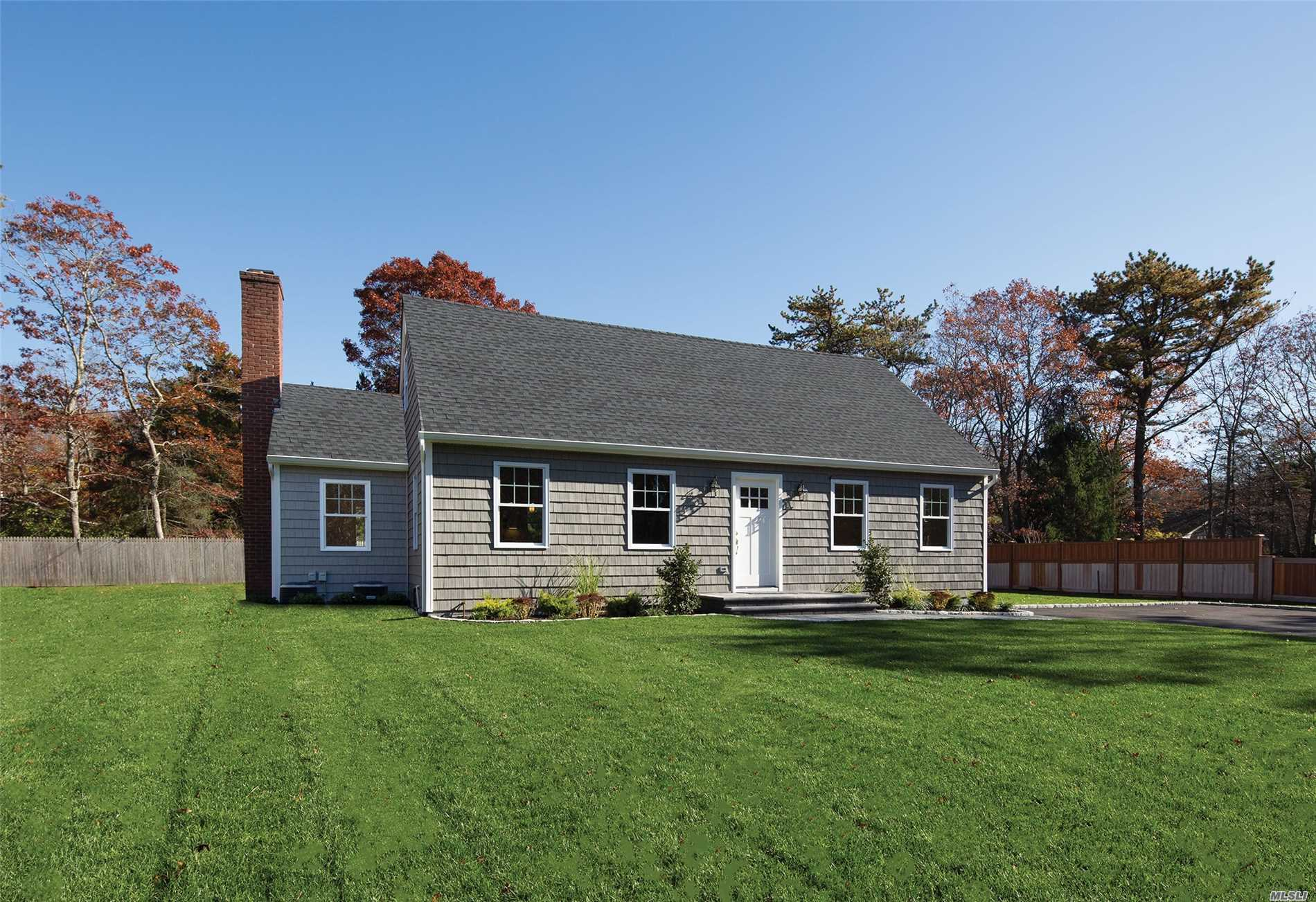 Photo of home for sale at 13 Evergreen Ct, East Quogue NY