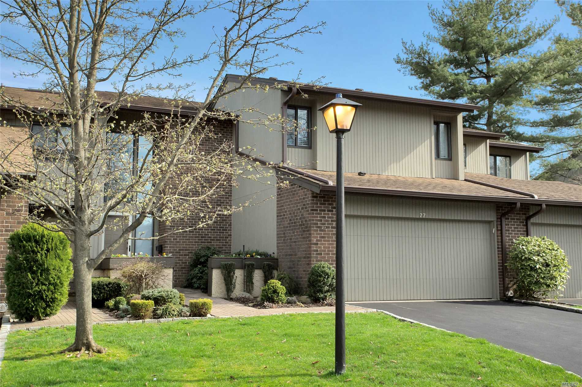 Property for sale at 77 Estate Dr, Jericho,  NY 11753
