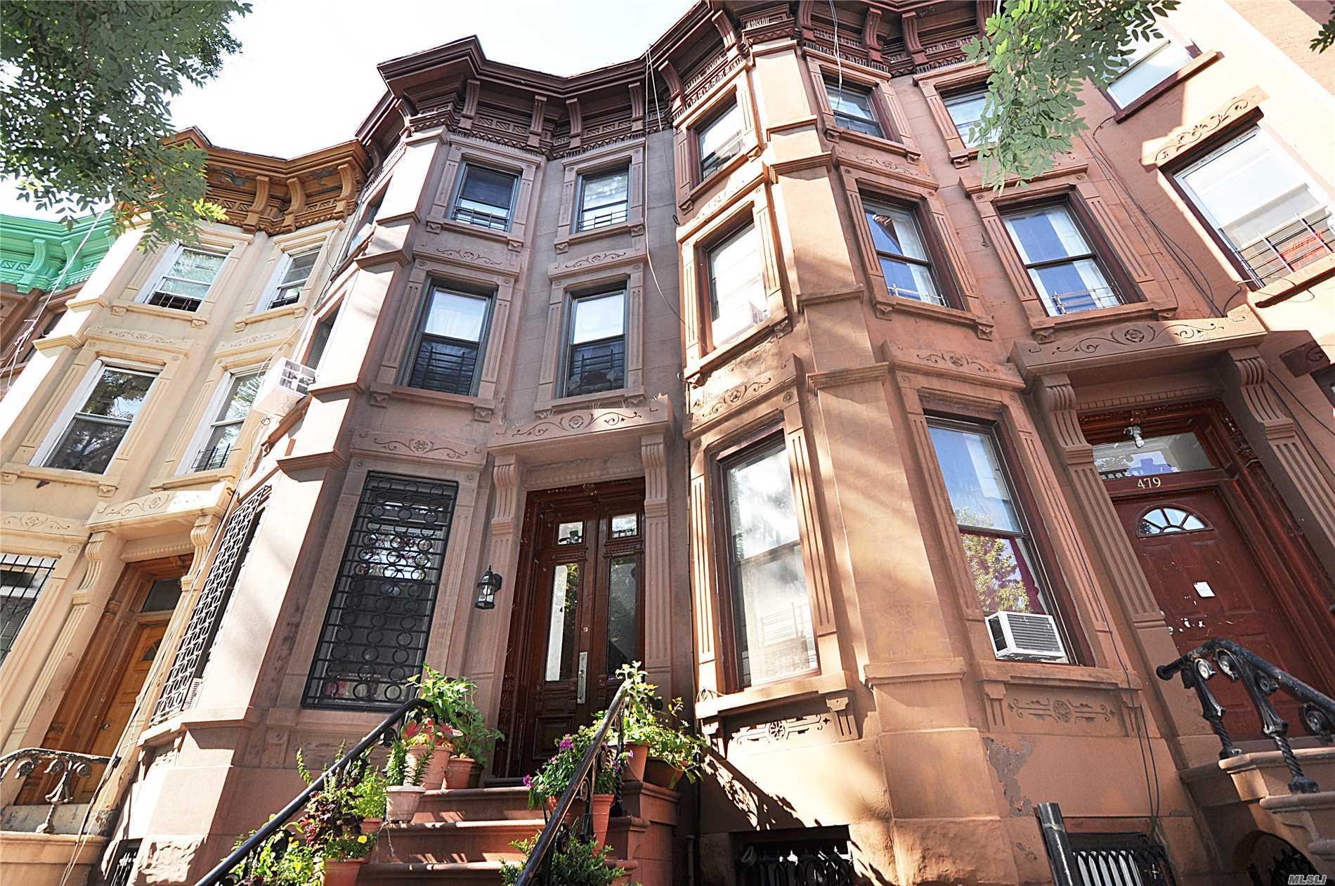 Photo of home for sale at 477 Halsey St, Brooklyn NY