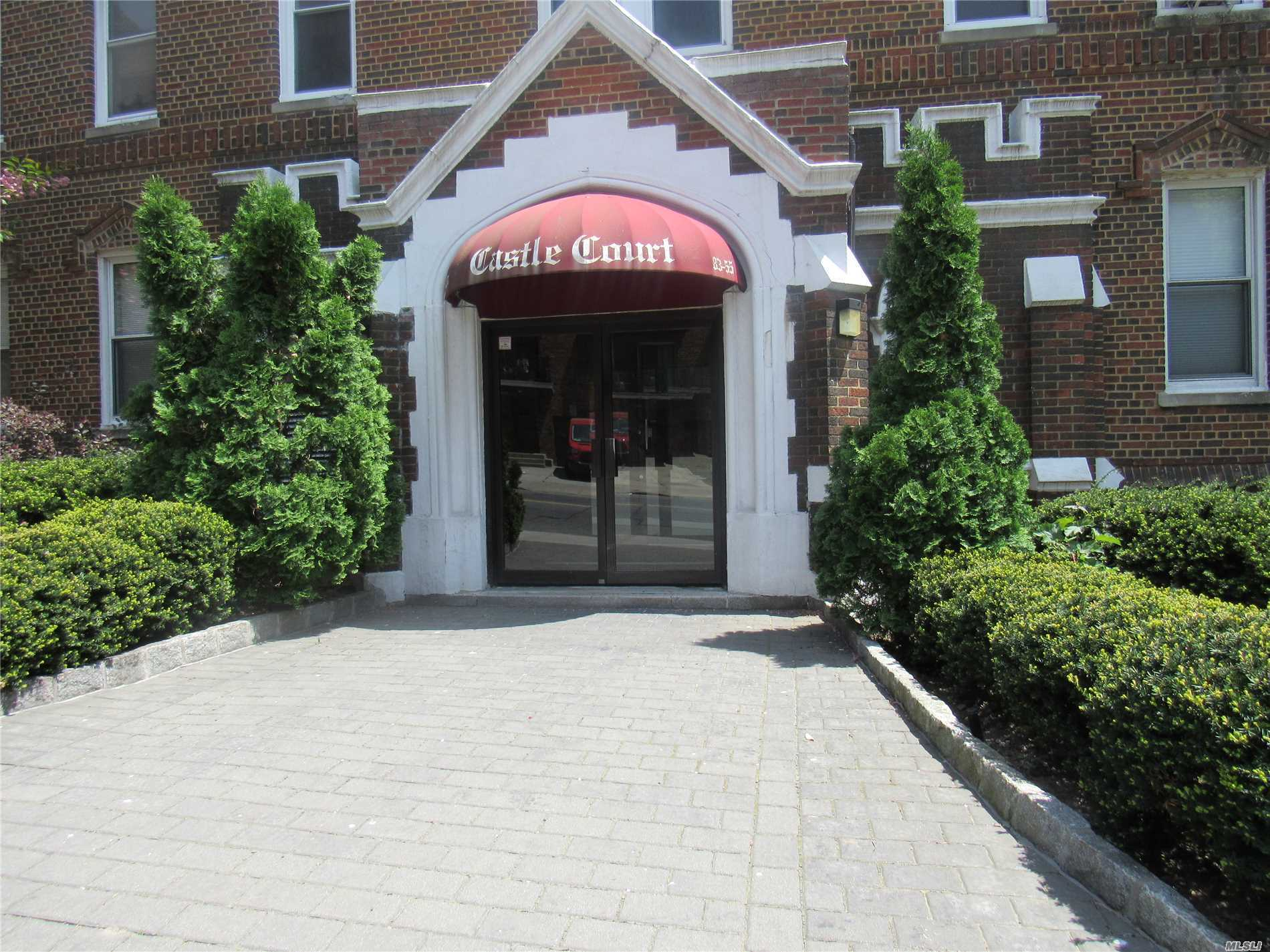 Photo of home for sale at 83-55 Lefferts Blvd, Kew Gardens NY