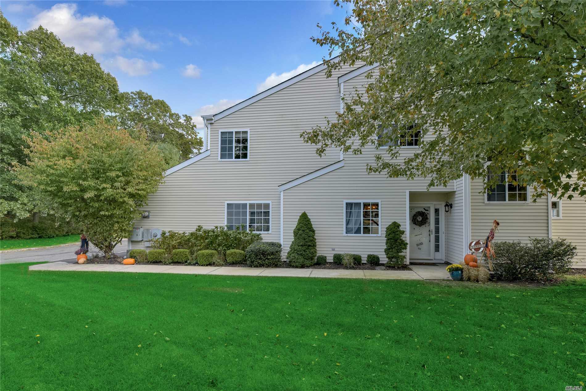 Property for sale at 97 Rabbit Run Run, Manorville,  NY 11949
