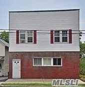 Photo of home for sale at 44 Avenue A, Port Washington NY