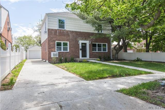 Photo of home for sale at 212 Locustwood Blvd, Elmont NY