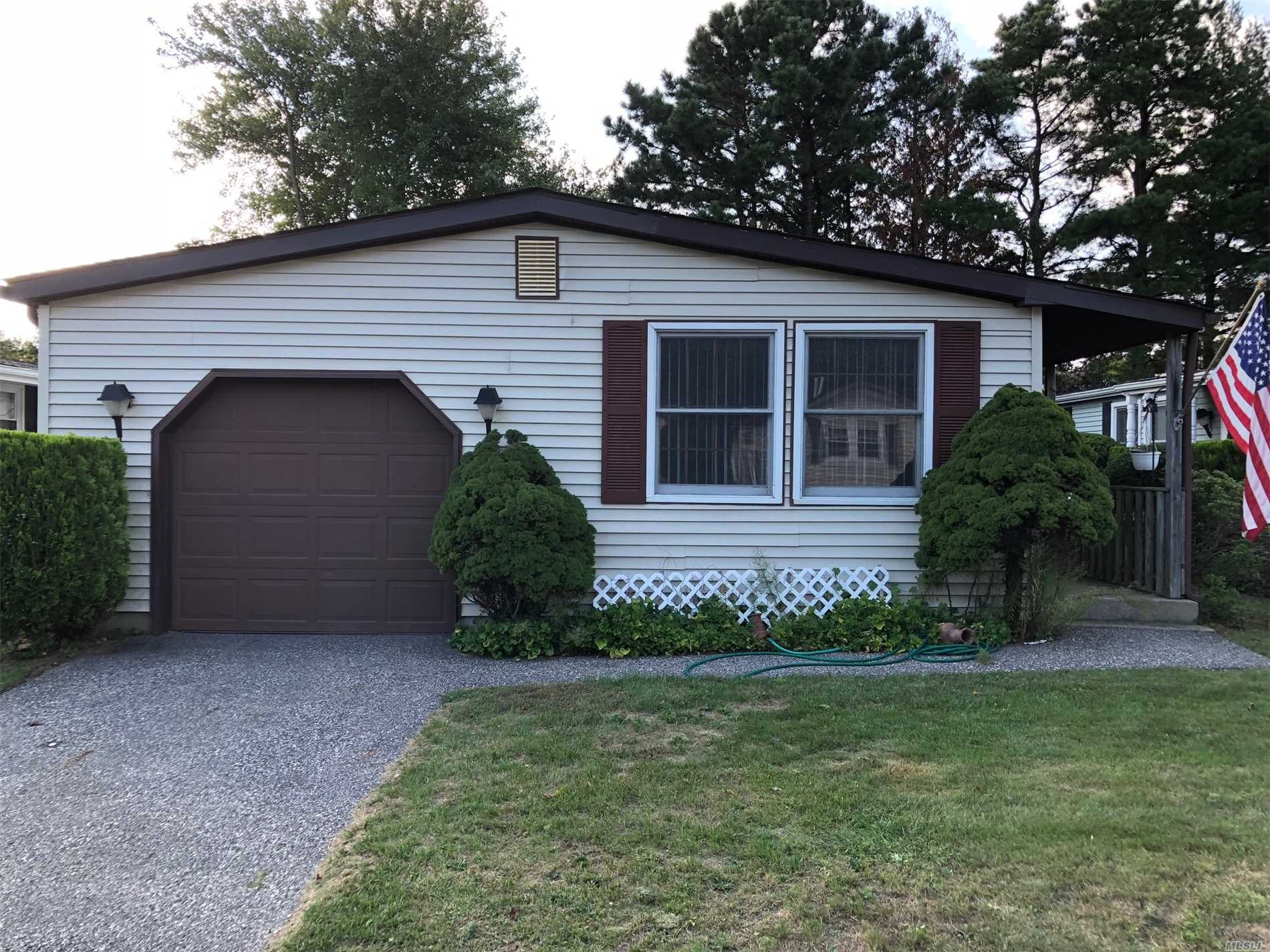 Property for sale at 18 E Village Circle, Manorville,  NY 11949