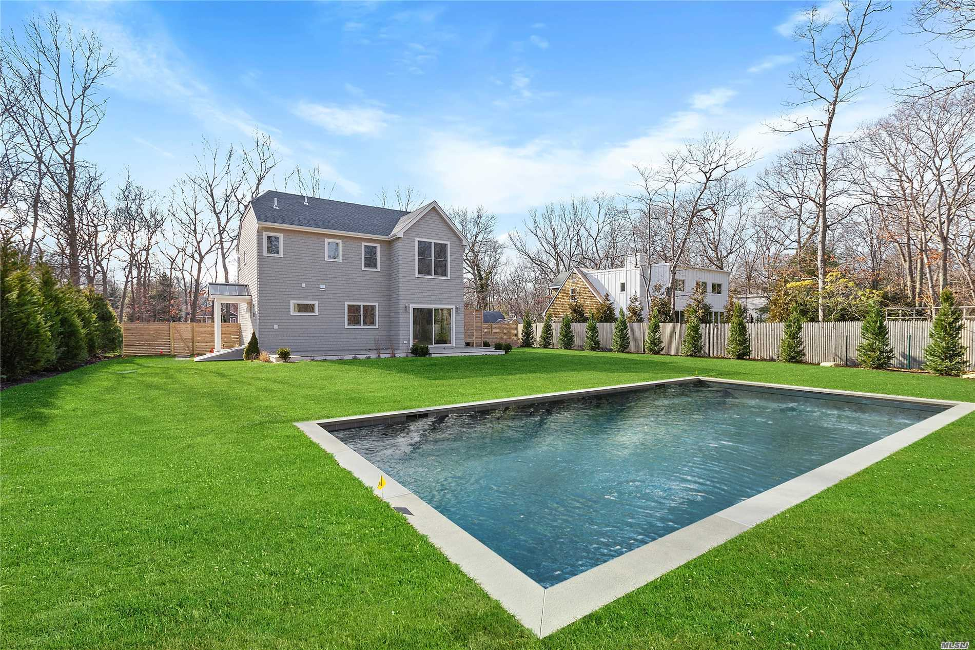 Photo of home for sale at 84 Sycamore Dr, East Hampton NY