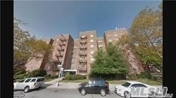 Photo of home for sale at 144-75 Melbourne, Flushing NY