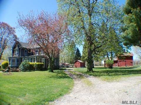 Photo of home for sale at 56995 Main Road, Southold NY
