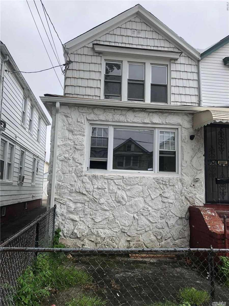 Photo of home for sale at 101-39 126 St, Richmond Hill NY