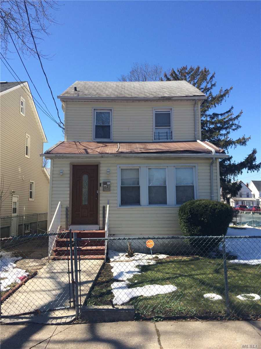 Photo of home for sale at 114-02 208th St, Cambria Heights NY