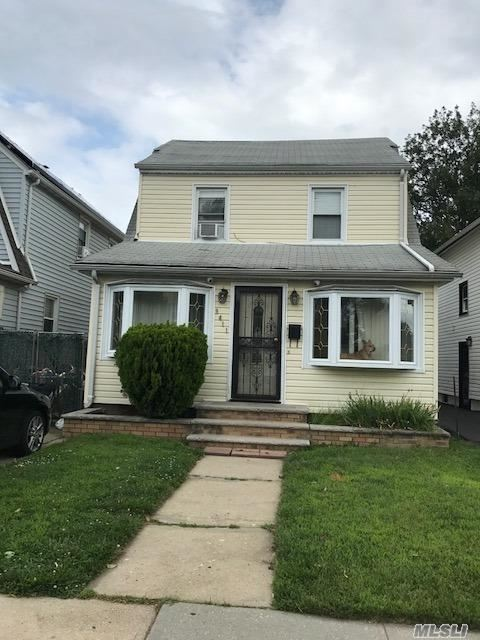 Photo of home for sale at 94-11 Vanderveer St, Queens Village NY