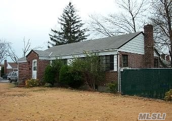 Photo of home for sale at 11 Utica St, Elmont NY