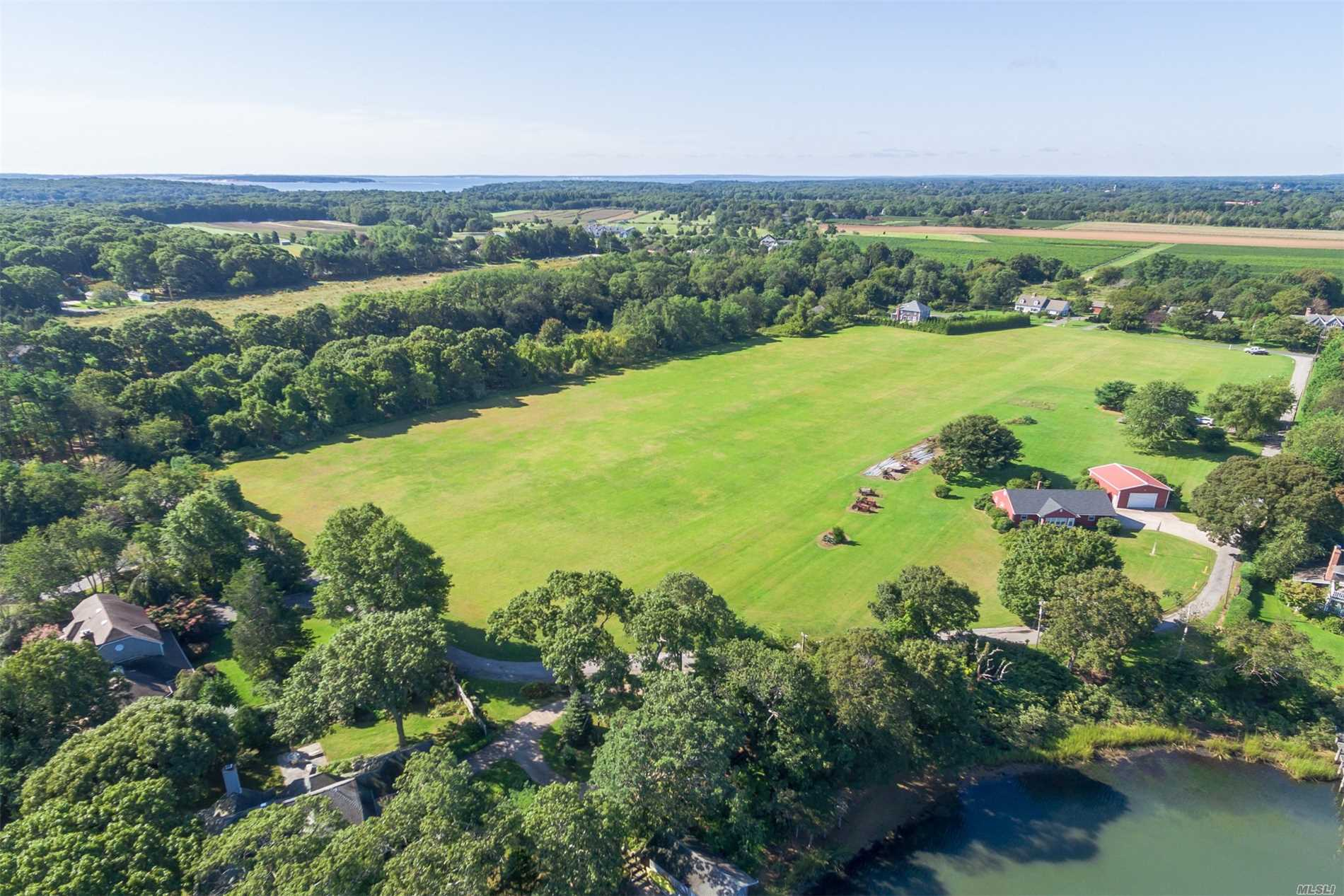 Photo of home for sale at 2705 Indian Neck Ln, Peconic NY