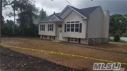 Photo of home for sale at Mark Tree Rd, South Setauket NY