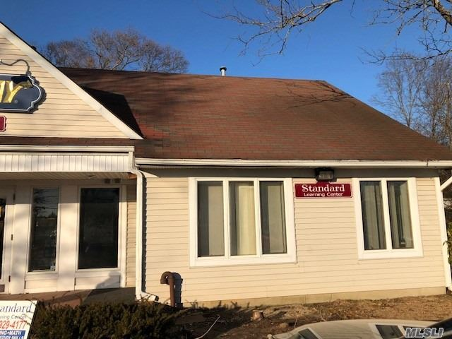 Photo of home for sale at 6302 Rt 25A, Wading River NY