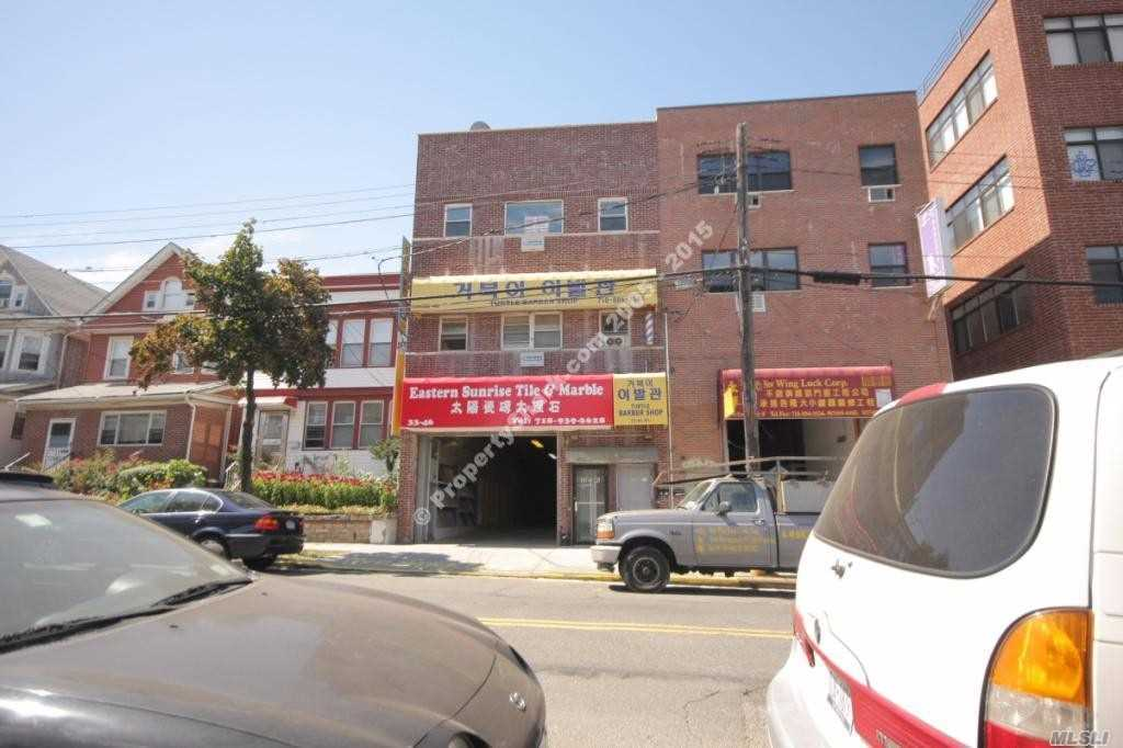 Photo of home for sale at 33-46 Farrington St, Flushing NY
