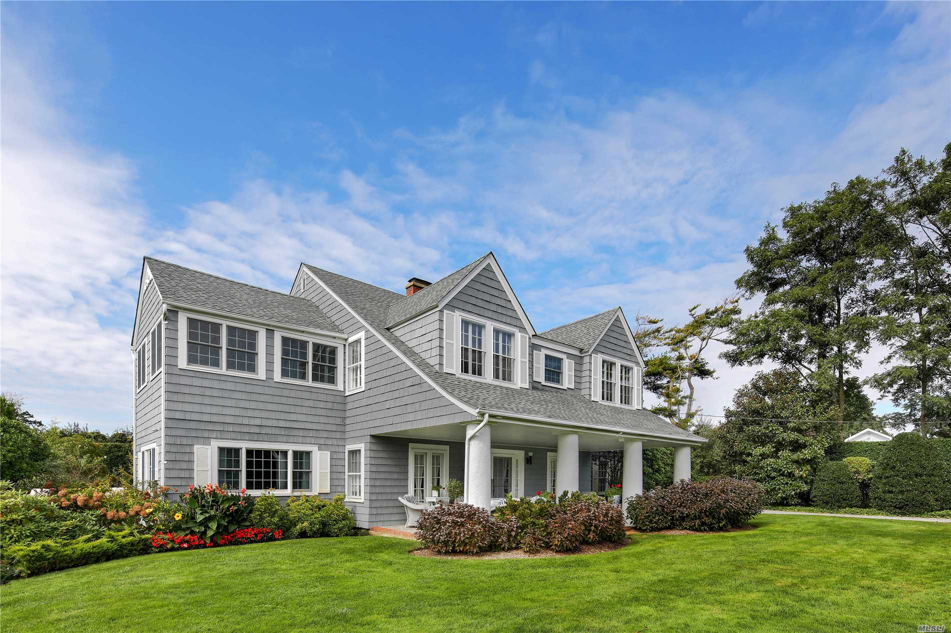 Photo of home for sale at 53 Shore Rd, Remsenburg NY