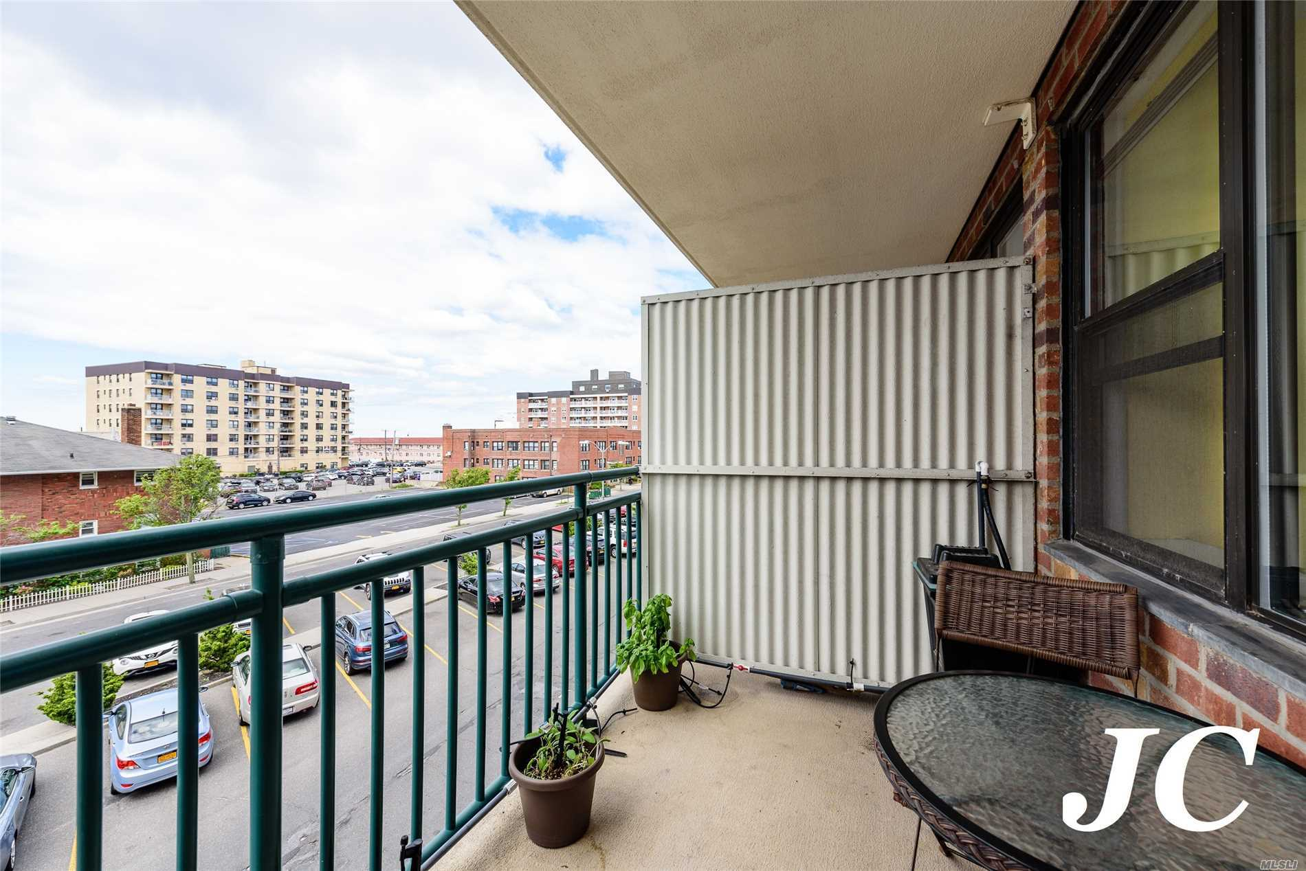 Property for sale at 333 E Broadway, Long Beach,  NY 11561