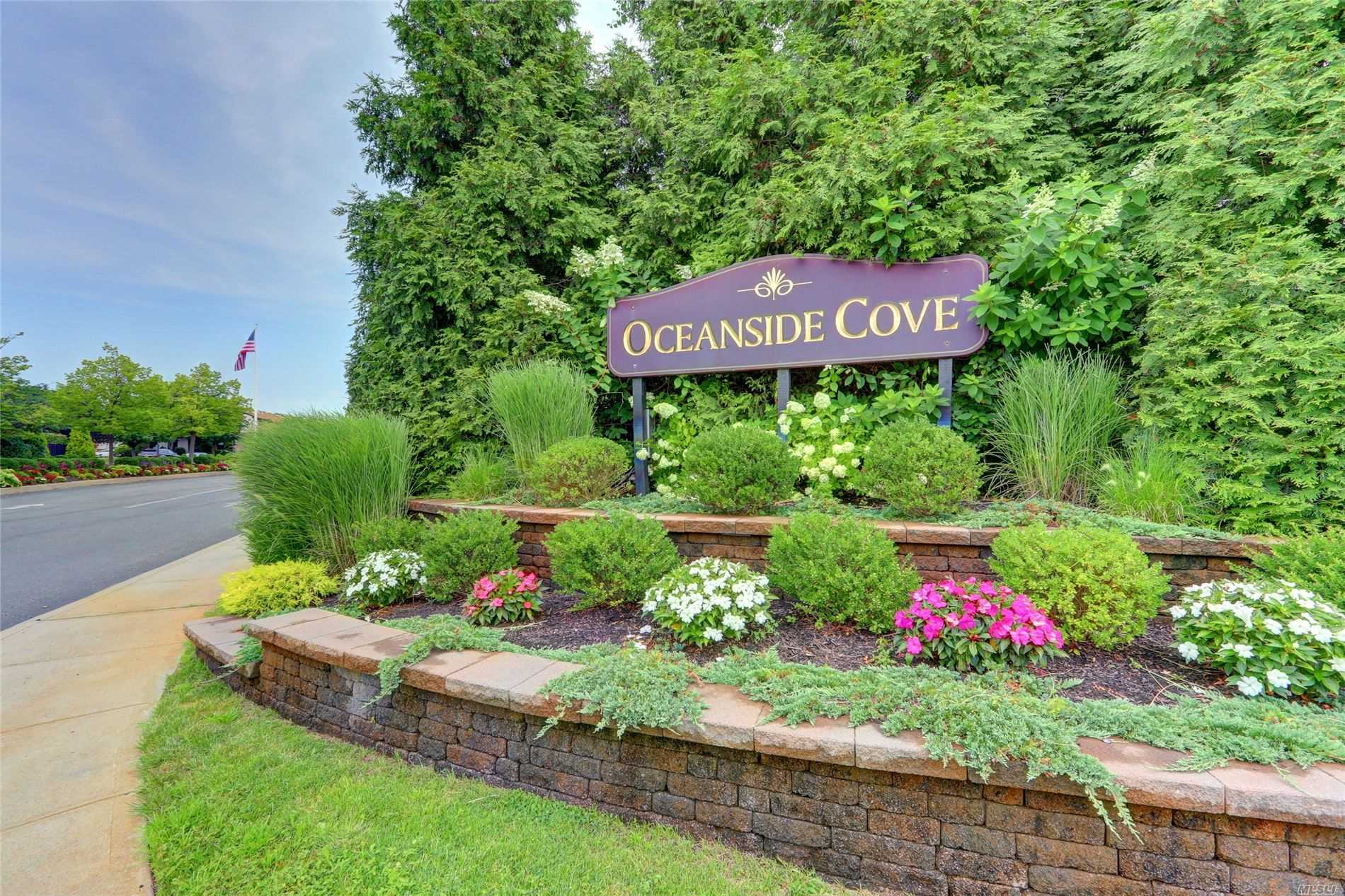 Property for sale at 100 Daly Blvd Unit 2712, Oceanside,  New York 11572