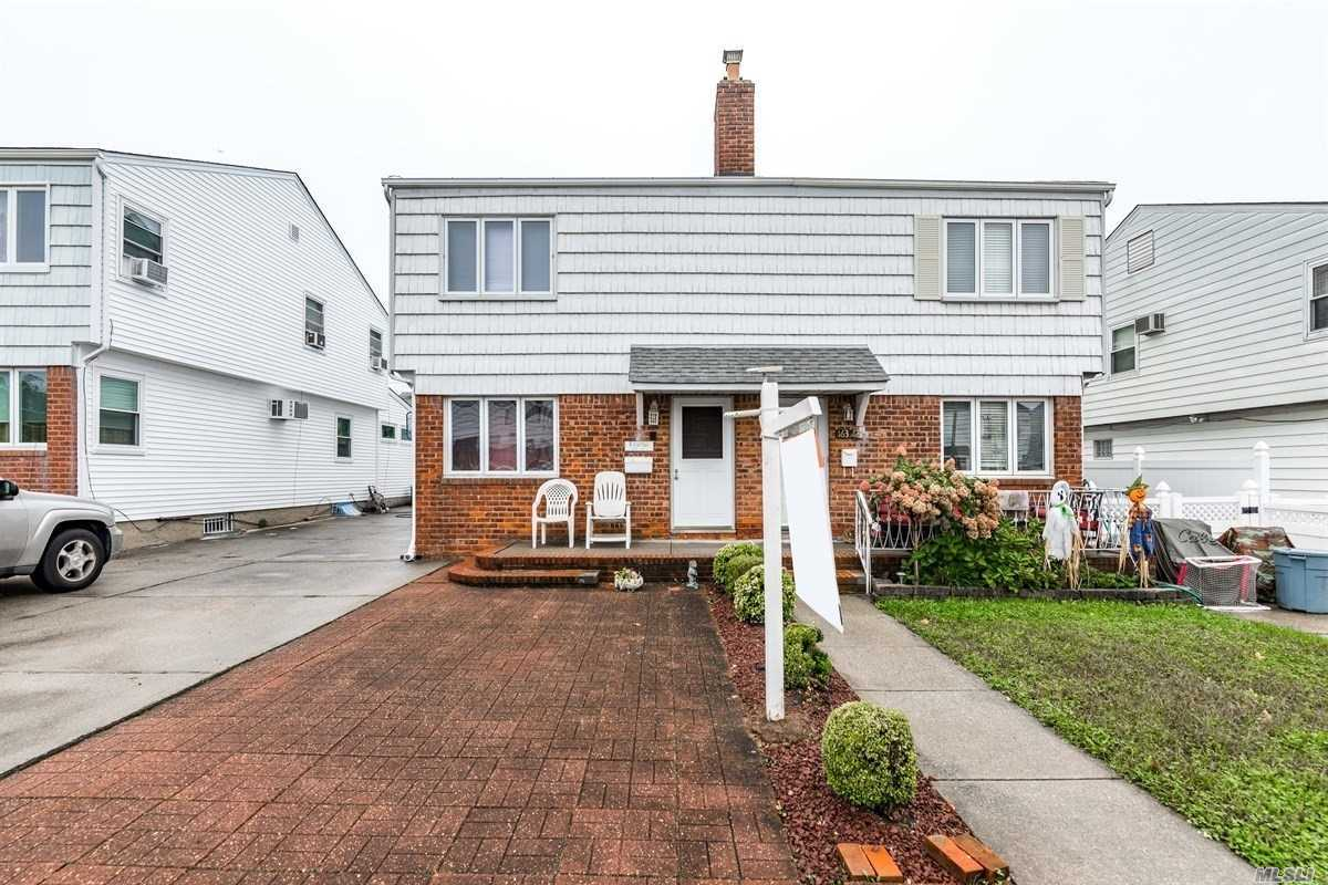 Photo of home for sale at 163-60 22nd Ave, Whitestone NY