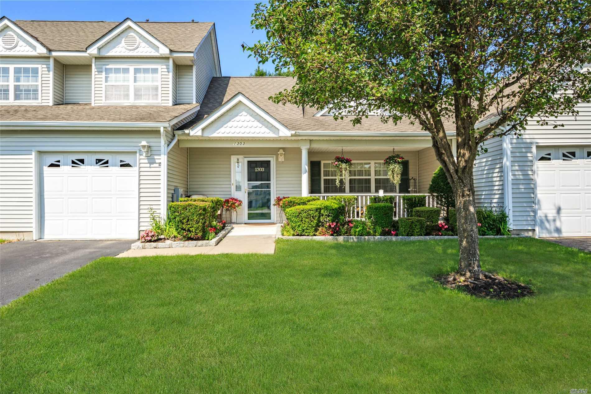 Property for sale at 1303 Baltusrol Blvd, Riverhead,  NY 11901