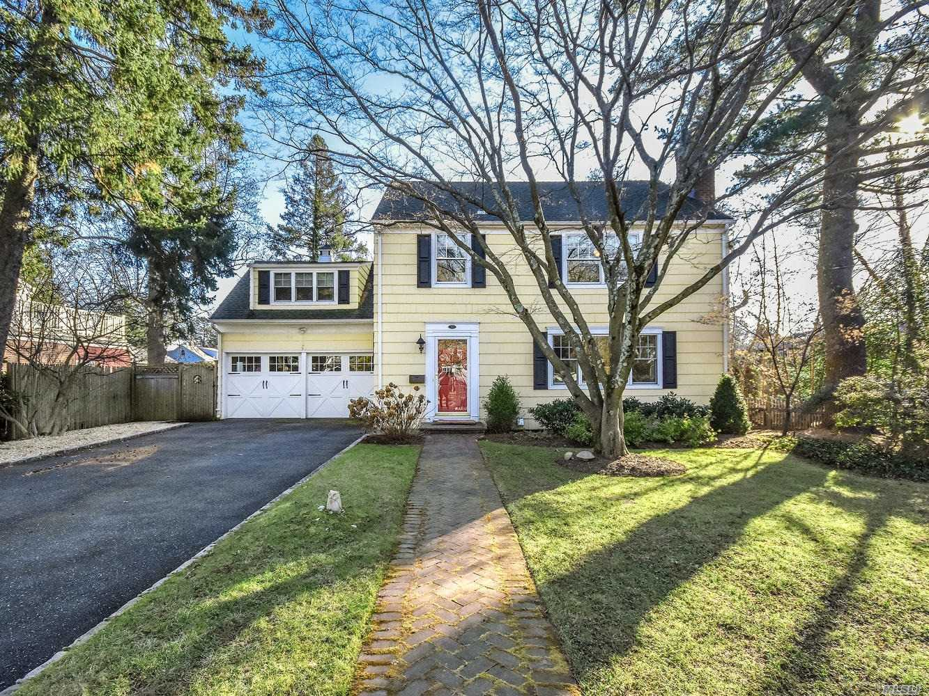 Property for sale at 127 Sea Cliff Ave, Sea Cliff,  New York 11579