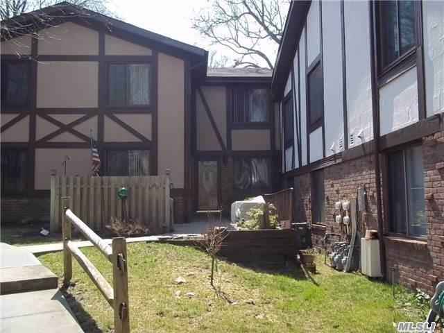 Property for sale at 21 Birchwood Rd, Coram,  New York 11727