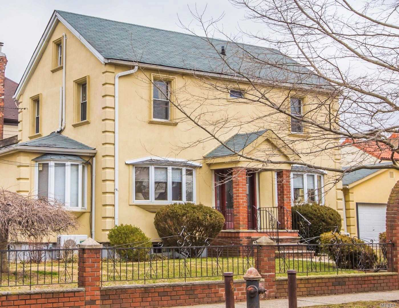 Photo of home for sale at 4377 168 Th St, Flushing NY