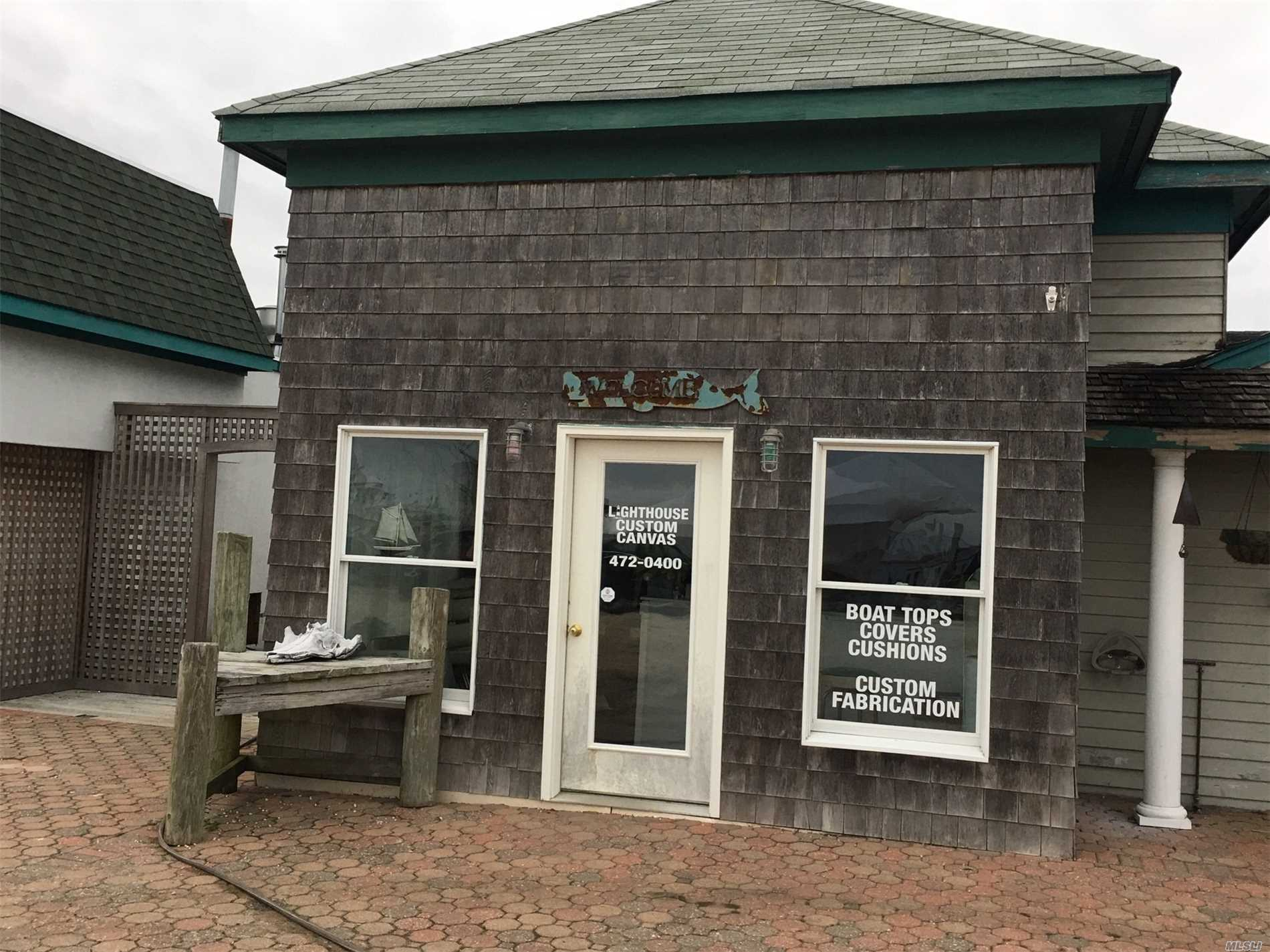 Photo of home for sale at 215 Atlantic Ave, East Moriches NY