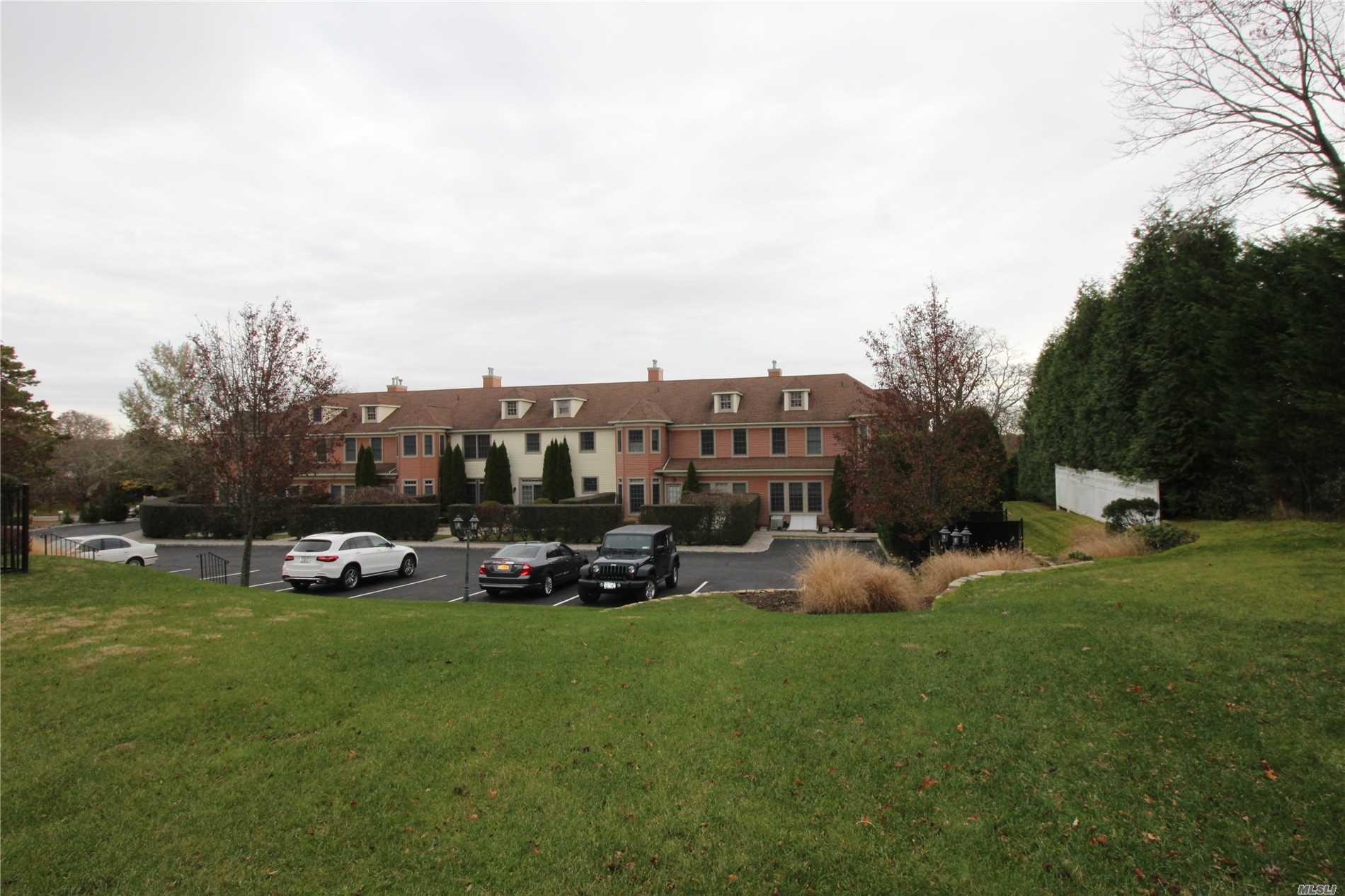 Property for sale at 66 W Tiana Rd, Hampton Bays,  NY 11946
