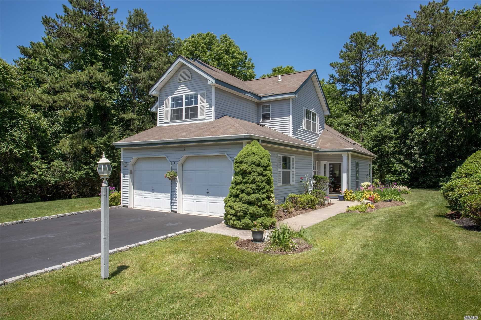 Property for sale at 68 Strathmore On Gr Dr, Middle Island,  NY 11953