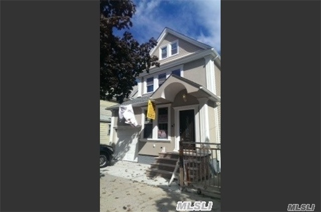 Photo of home for sale at 101-51 111 St, Richmond Hill NY