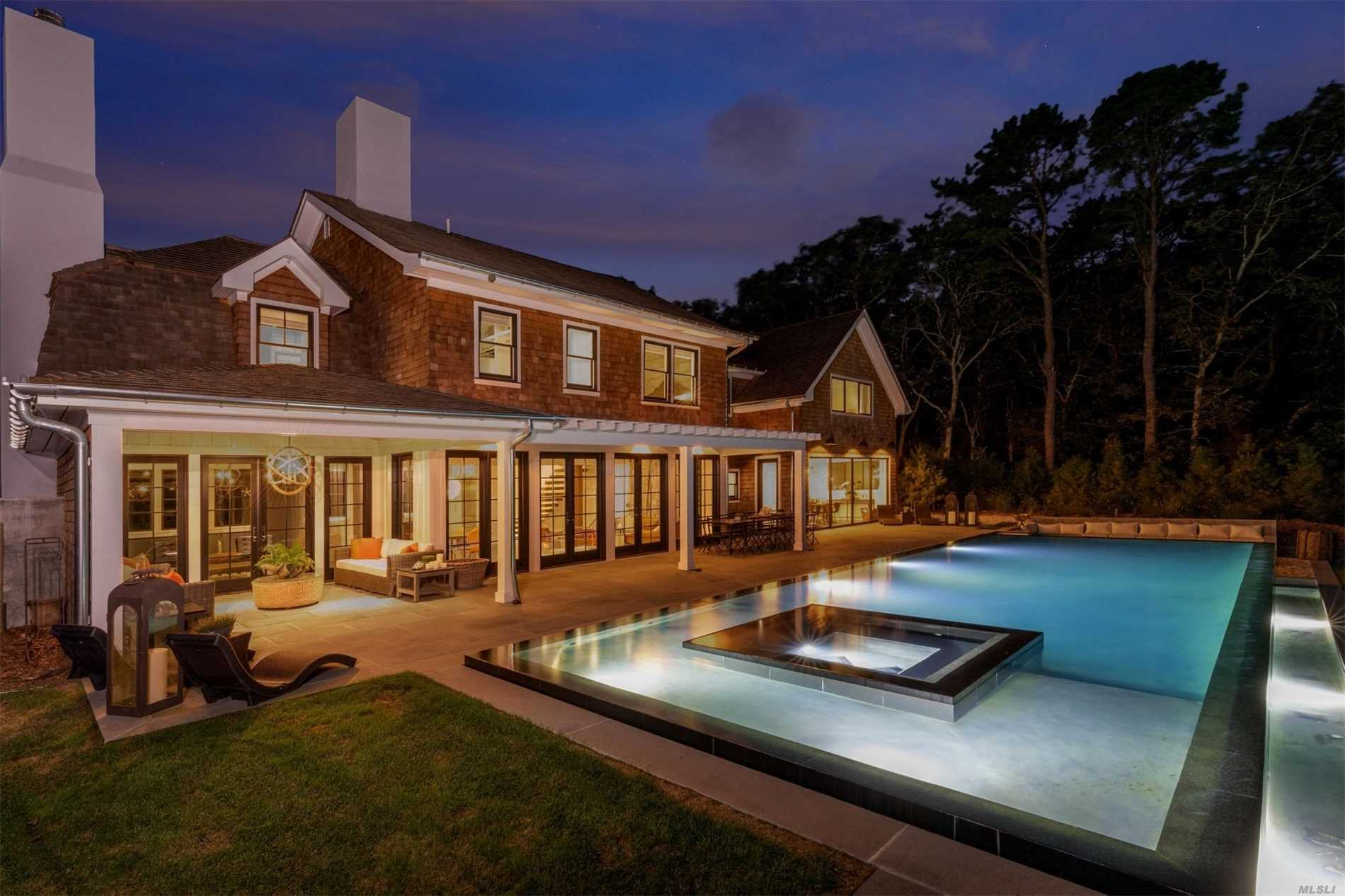 Photo of home for sale at 142 Six Pole Hwy, Sag Harbor NY