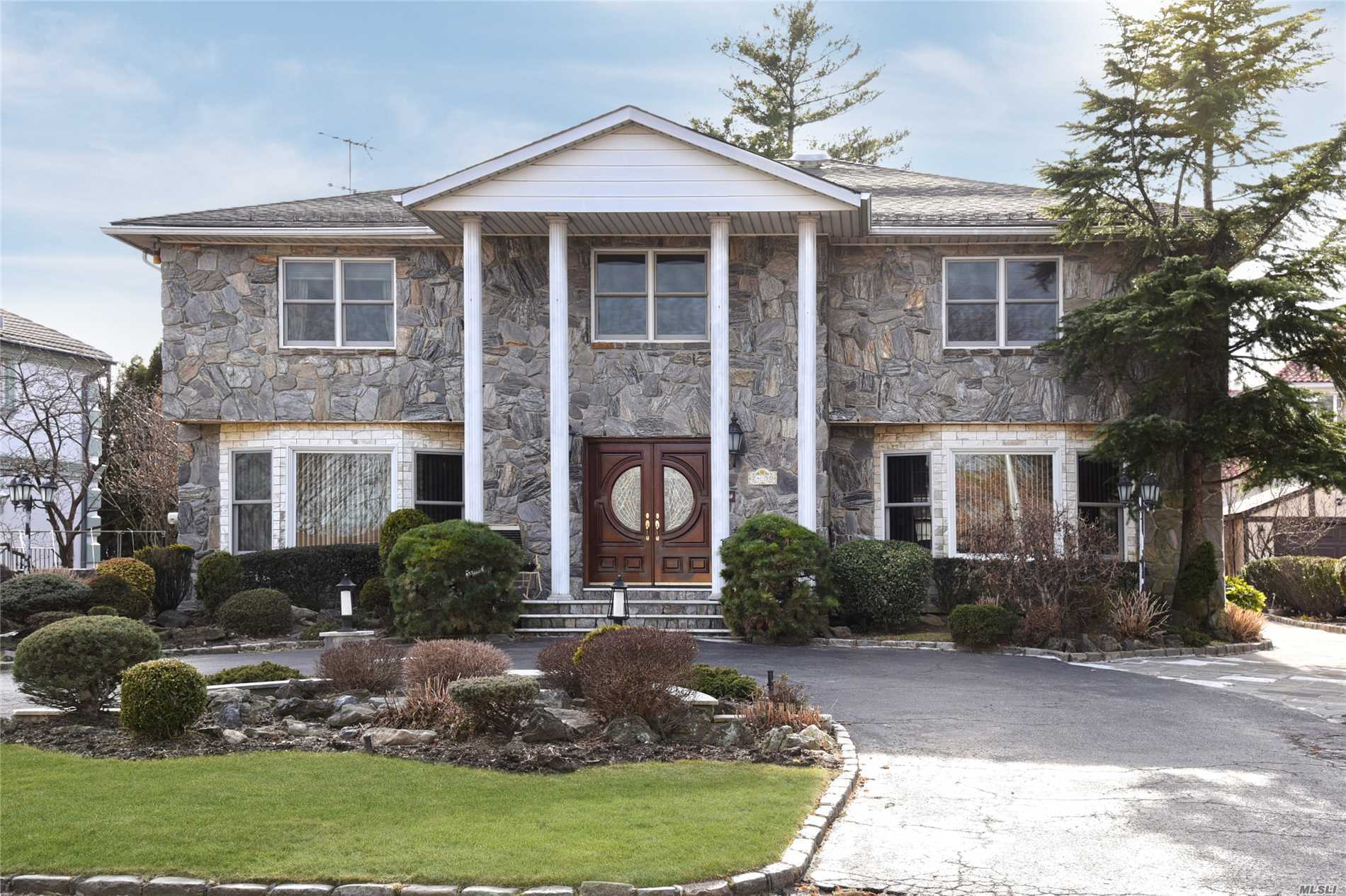Photo of home for sale at 24-50 Little Neck Blvd, Bayside NY