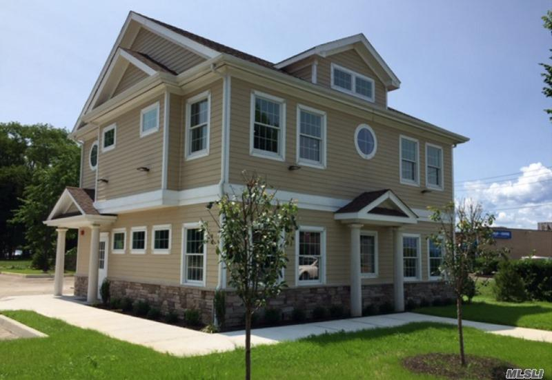 Photo of home for sale at 590 Patchogue Rd, Pt.Jefferson Sta NY