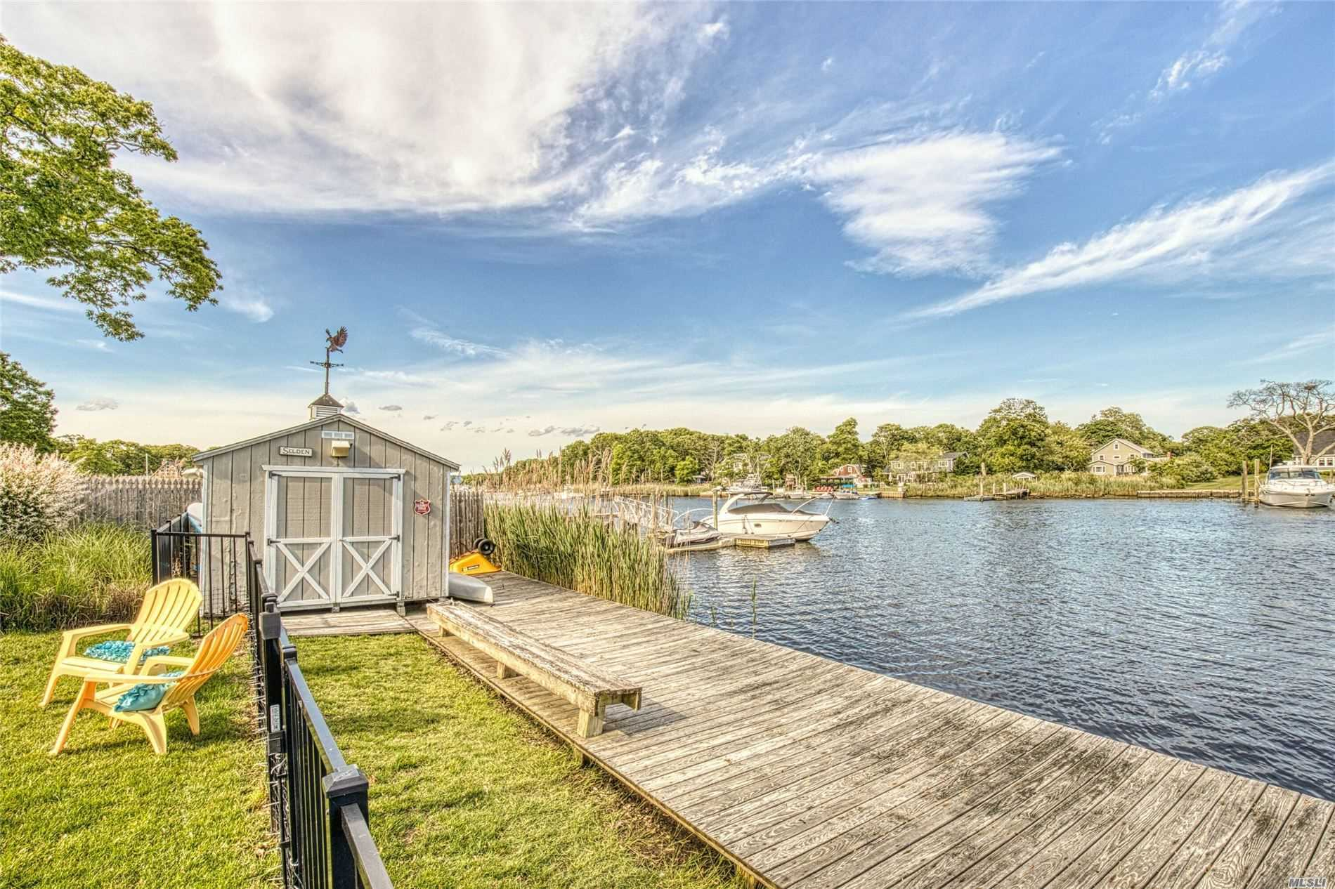 Photo of home for sale at 111 Hewitt Blvd, Center Moriches NY