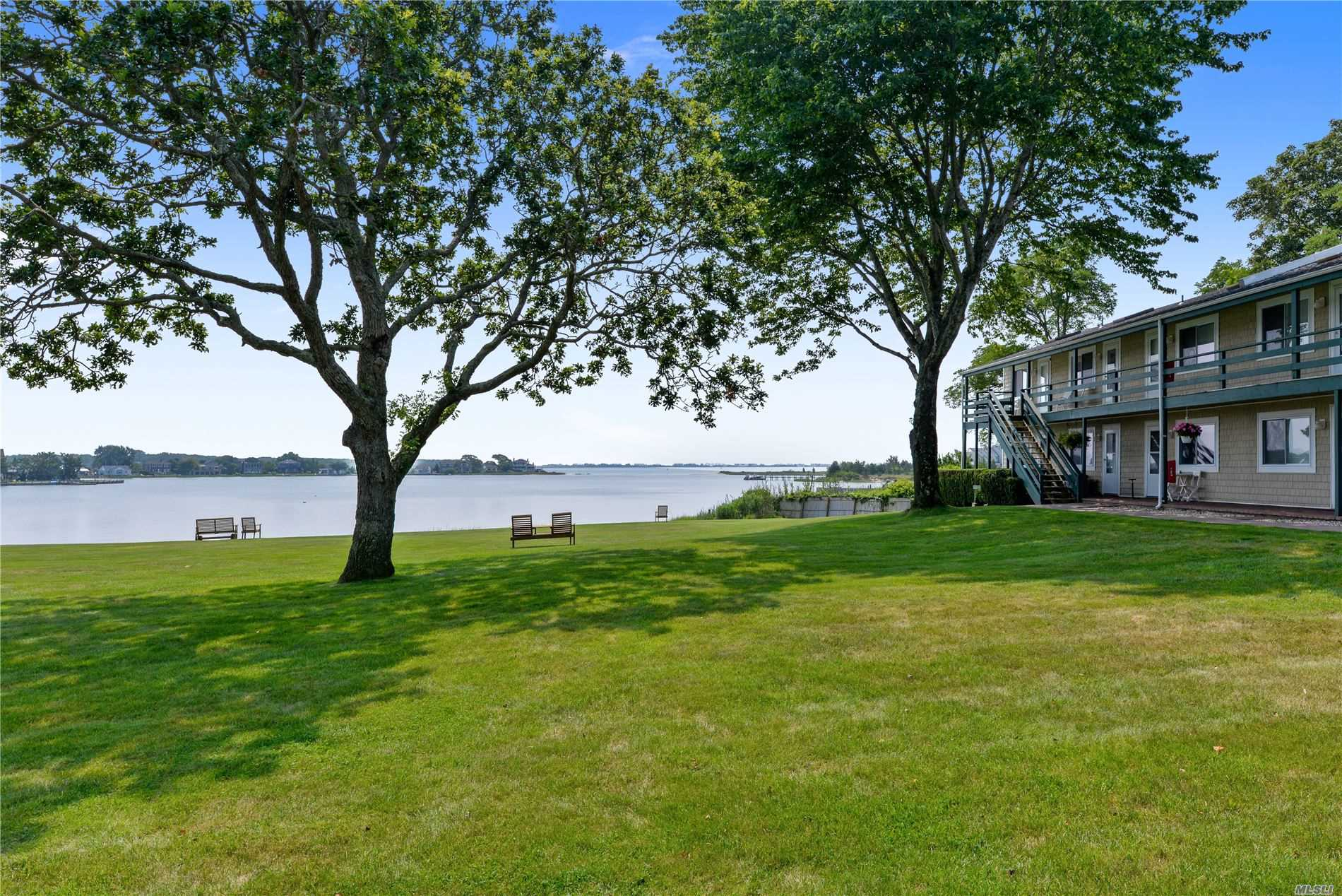 Property for sale at 70 Middle Pond Unit 15, Southampton,  New York 11968