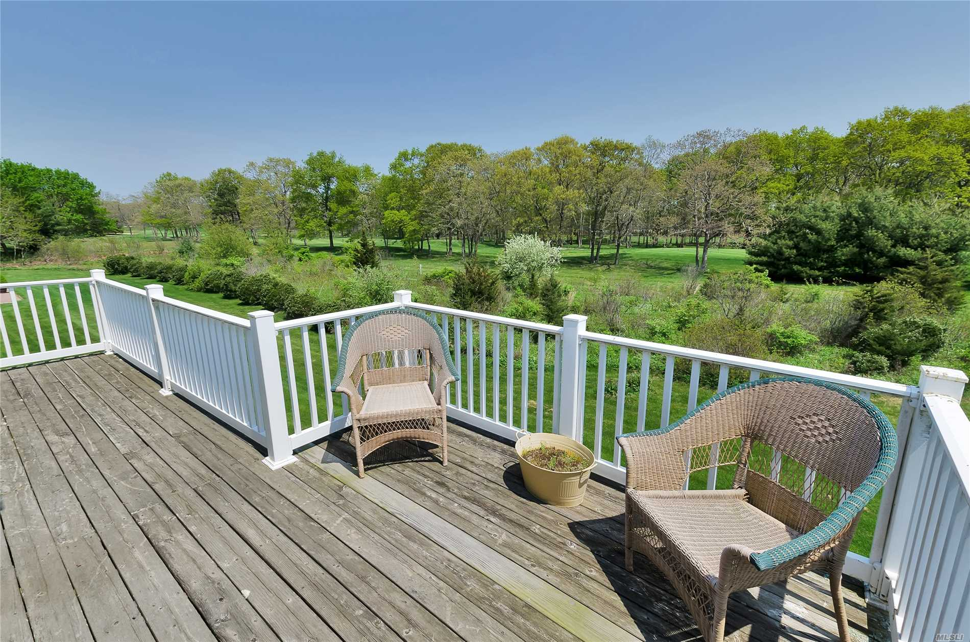 Photo of home for sale at 4102 Saint Andrews Ave, Riverhead NY