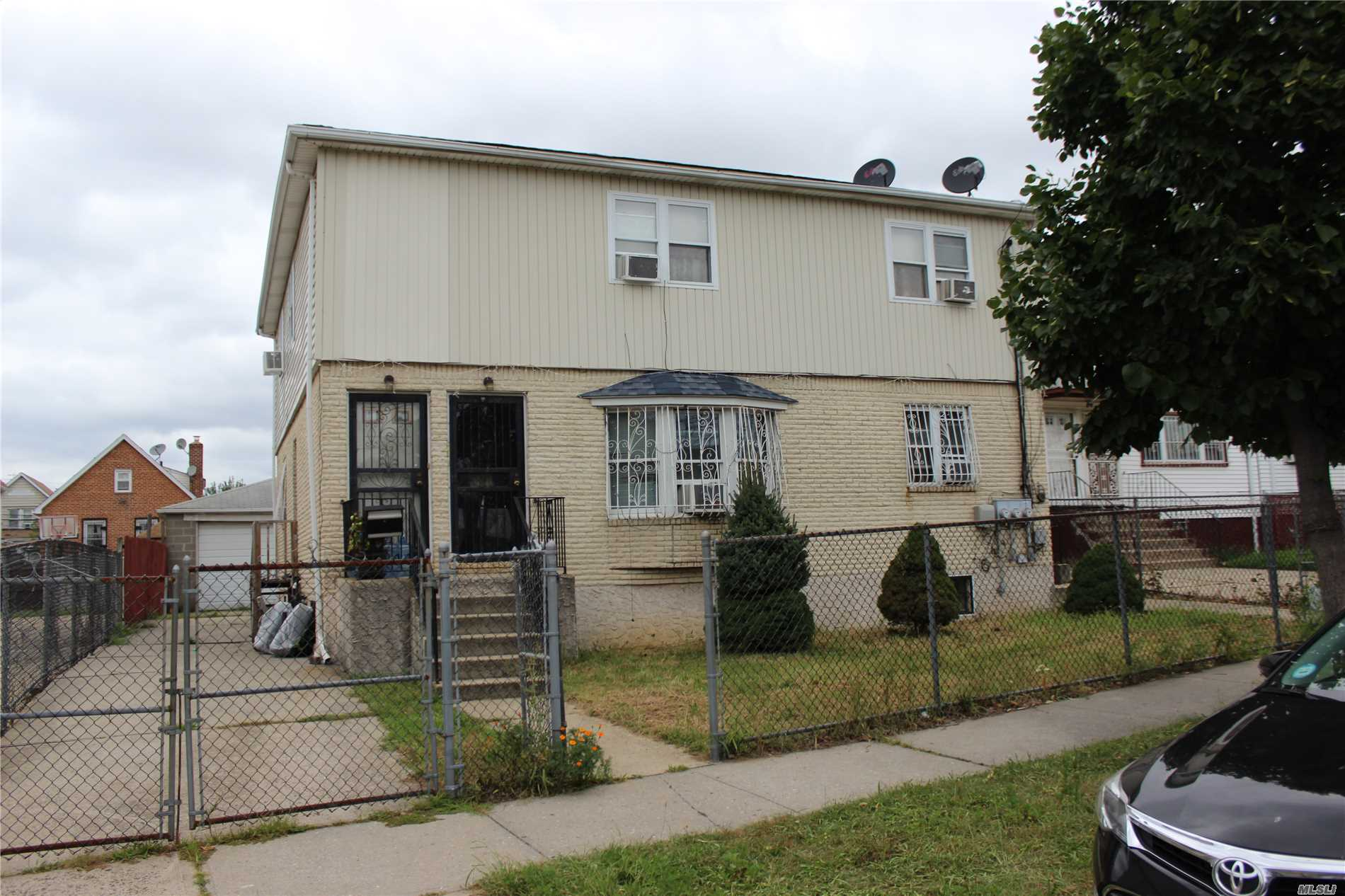 Photo of home for sale at 128-07 Cedric Rd, South Ozone Park NY