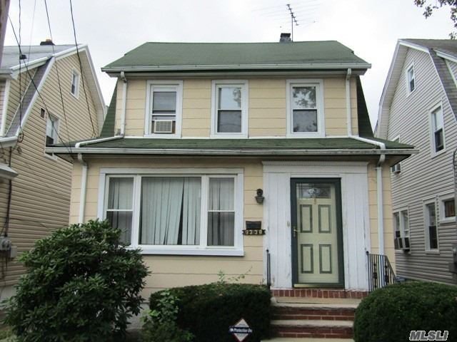Photo of home for sale at 93-38 246 St, Floral Park NY