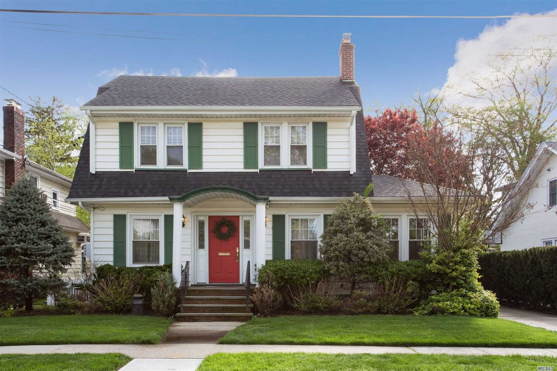 Property for sale at 45 Larch Ave, Floral Park,  New York 11001