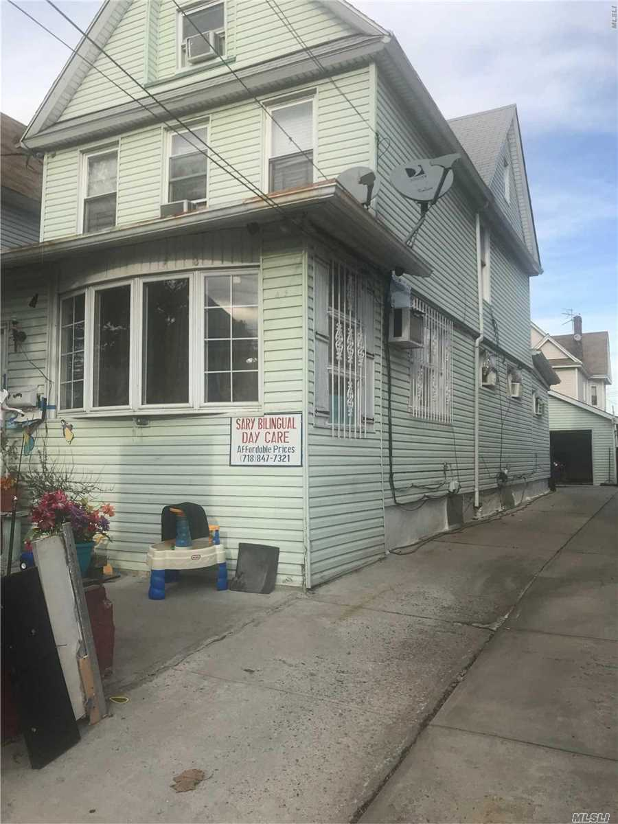 Photo of home for sale at 95-27 126th St, Richmond Hill NY