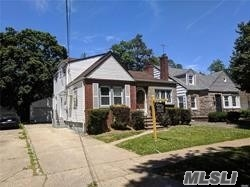 Photo of home for sale at 113 Windsor Pkwy, Hempstead NY
