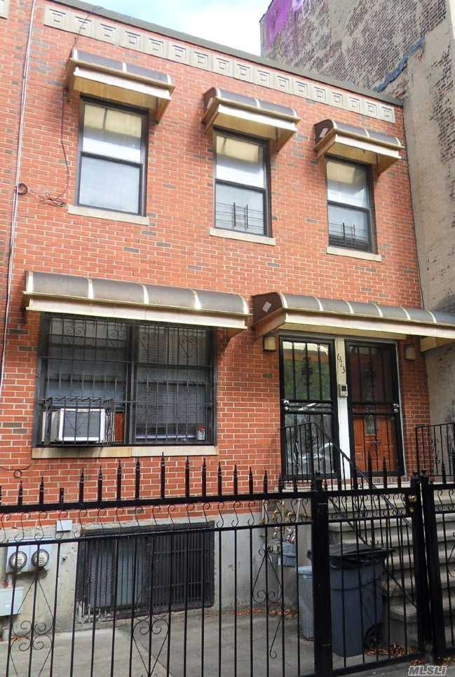 Property for sale at Brooklyn,  New York 11221