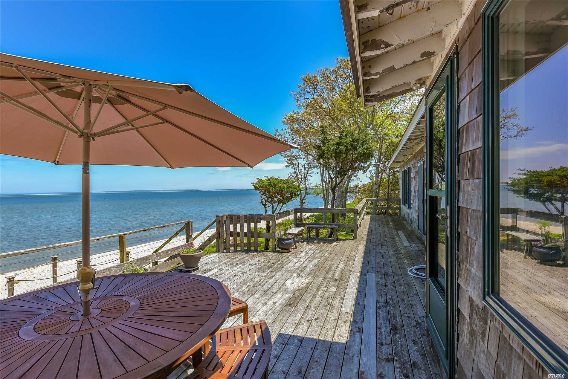 Photo of home for sale at 84 Louse Point Rd, East Hampton NY