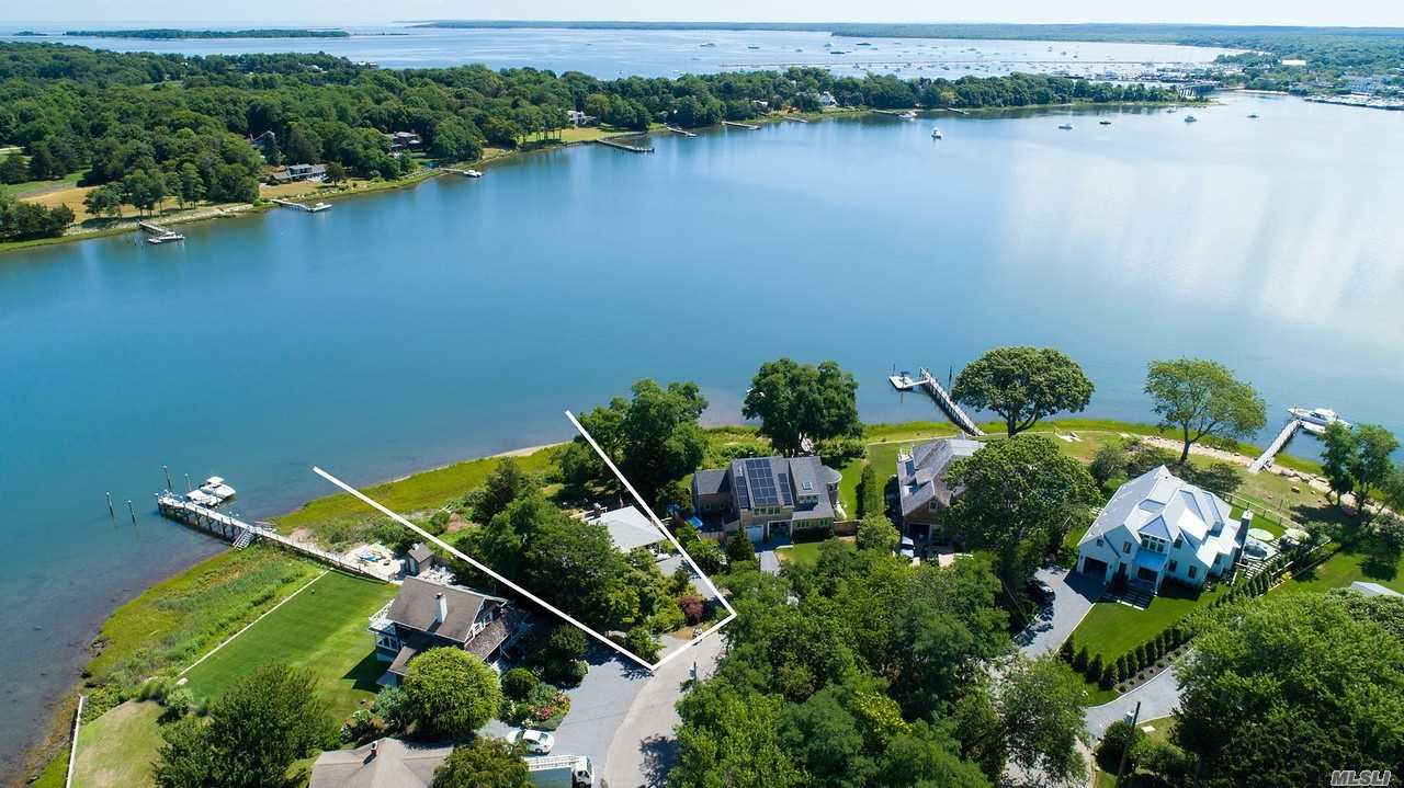 Photo of home for sale at 81 Harbor Dr, Sag Harbor NY