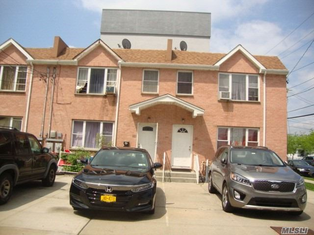 Photo of home for sale at 223 Beach 44 St, Far Rockaway NY