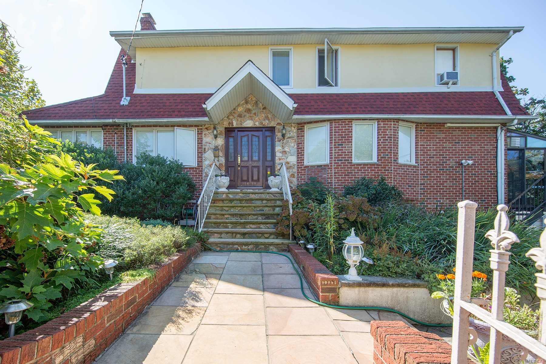 Photo of home for sale at 154-68 10th Ave, Whitestone NY