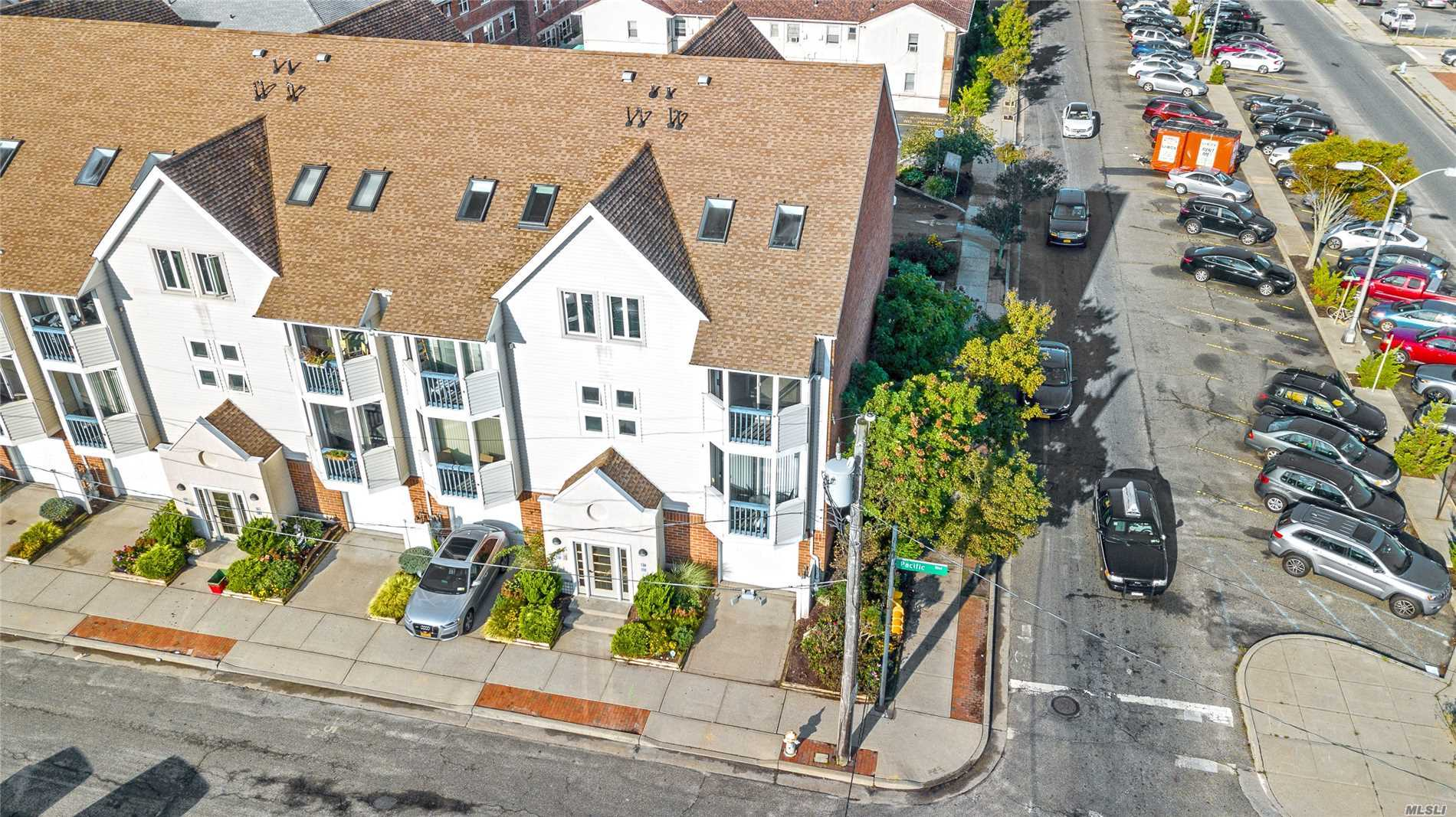 Property for sale at 87 Pacific Blvd, Long Beach,  NY 11561
