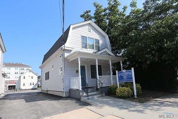 Photo of home for sale at 102 Third St, Mineola NY